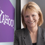 Yahoo despide a su CEO por telefono