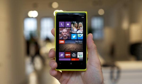 NOKIA revela sus nuevos Lumia 920 y 820 con Windows Phone 8