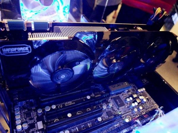Gigabyte_GeForce-GTX-Titan-WindForce3_03