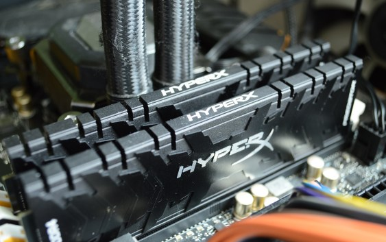 Review Kingston HyperX Predator 3333MHz 2x8GB [HX433C16PB3K2/16]