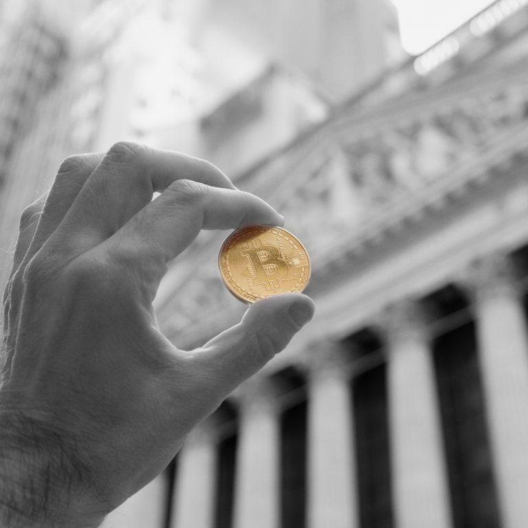 institutional-money-bitcoin-768×768