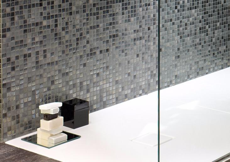 mosaique noir gris nacre emaux de verre urban chic neo par 2 m