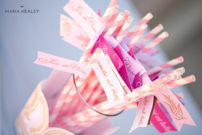 Marie Antoinette-straw-flags2