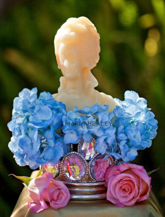 Marie+Antoinette-marie-candle.jpg