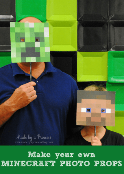 Minecraft party supplies: Make Your Own Minecraft Photo Props + FREE Downloads for your minecraft party.