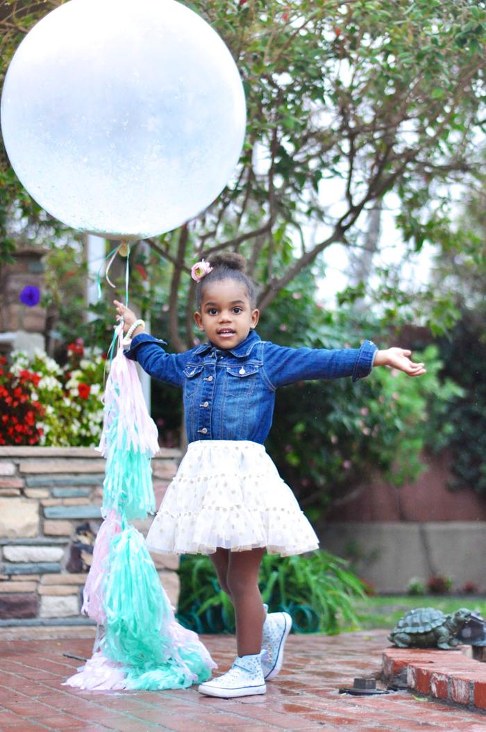 Valentines Day Garden Party glitter balloon