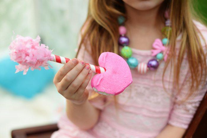 Creative Kids Valentine Party Ideas marshmallow treat