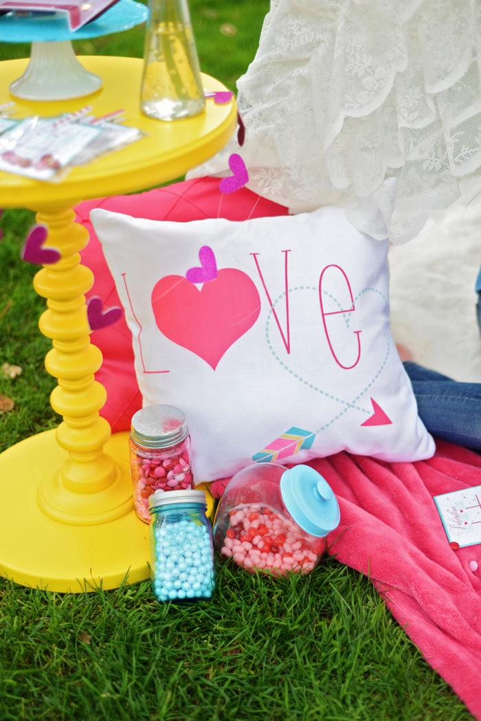 Creative Kids Valentine Party Ideas pillows 2