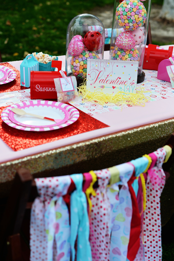 Creative Kids Valentine Party Ideas table setting