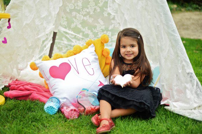 Creative Kids Valentine Party Ideas teepee fun