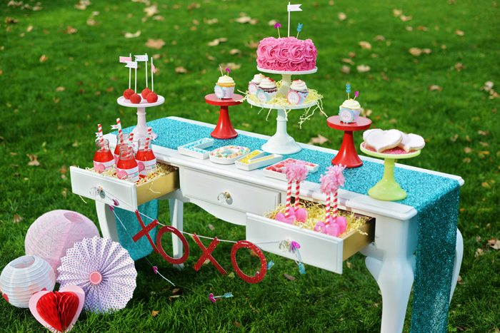 Creative Kids Valentine Party Ideas treat table 3