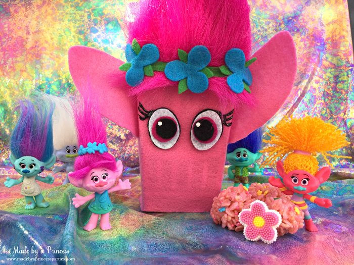trolls-movie-princess-poppy-popcorn-box-party-pink-rice-krispie-treat-balls-with-branch-harper-branch-guy-diamond-dj-suki