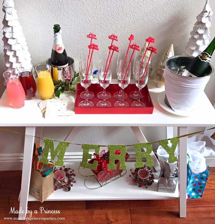 budget-friendly-holiday-mimosa-bar-party-drink-table
