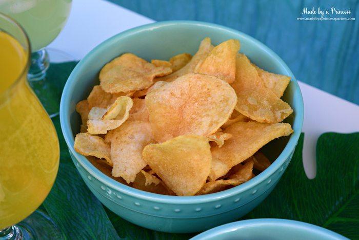 disney-moana-movie-inspired-party-hawaiian-maui-onion-chips