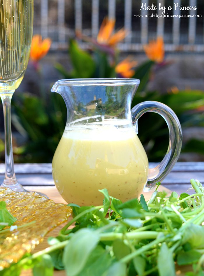 Fig Candied Pecan Gorgonzola Salad Honey Champagne Vinaigrette salad dressing