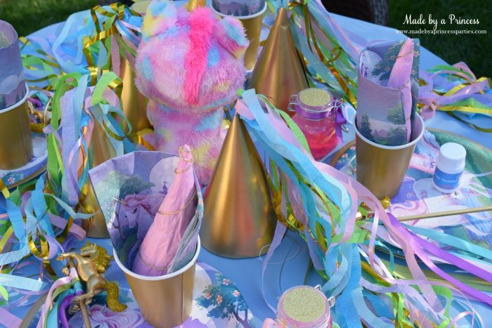 Unicorn Party Ideas Kid Table Decorations - Made by a Princess #unicorn #unicornparty