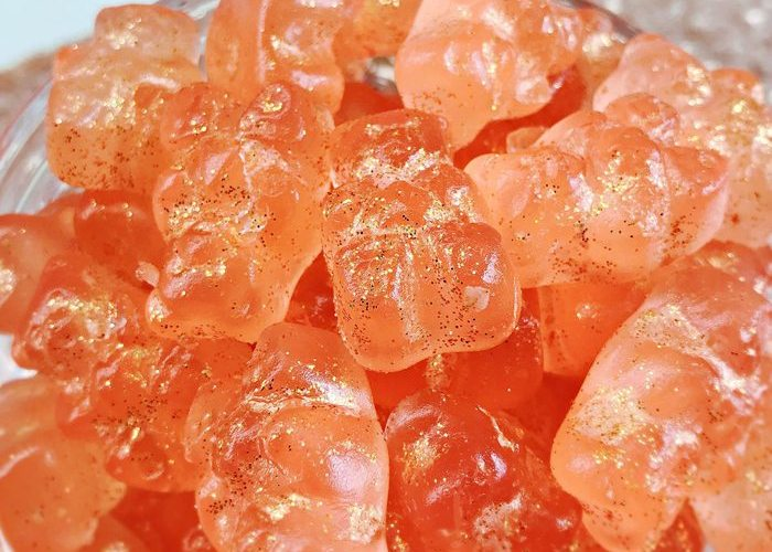 Sparkly Champagne Gummy Bears Recipe