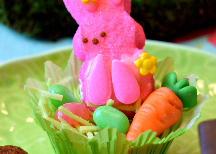 Kids Easter Activity with Marshmallow Peeps Candy