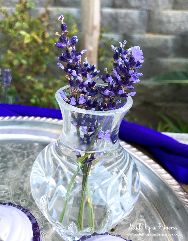 Lavender Elderflower Champagne Cocktail sprigs of lavender in a crystal vase will look so pretty on your table