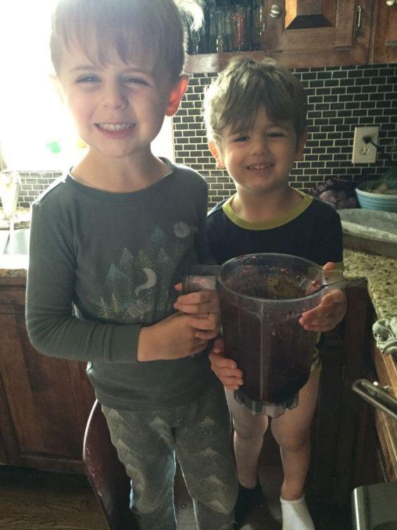 boys-with-blender-resized