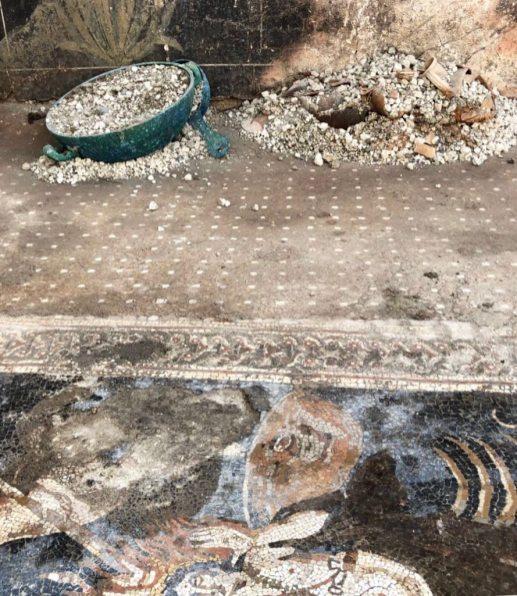 Pompei Mosaico Orione Casa Giove Regio V fonte PaP (3)