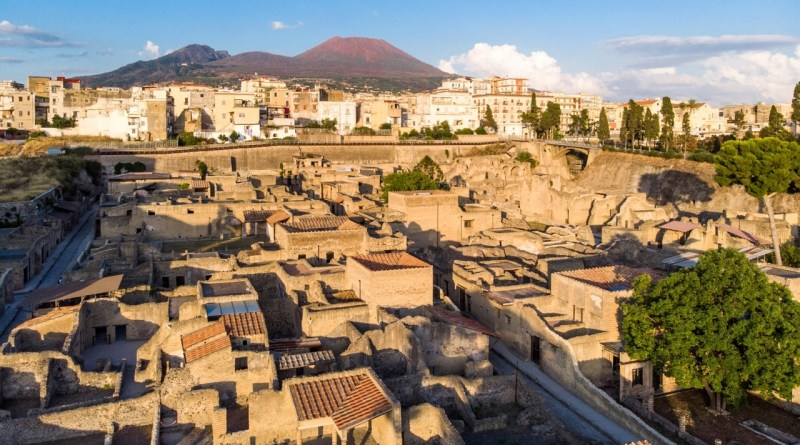 Lapilli sotto la cenere a Ercolano: parte la nuova serie di approfondimenti archeologici on-line