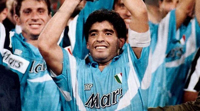Pompei, il Santuario e la città ricordano Maradona. E il sindaco annuncia: «Presto una mostra»