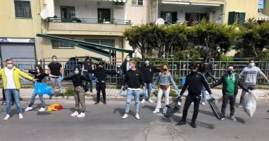 Pompei, operazione plastic free: i giovani ripuliscono via Aldo Moro da plastica e rifiuti