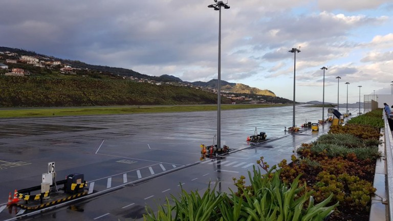 Strong wind cancels 19 flights at Madeira Airport