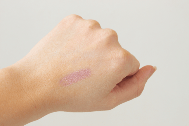 glossybox d'avril swatch_mademoiselle-e