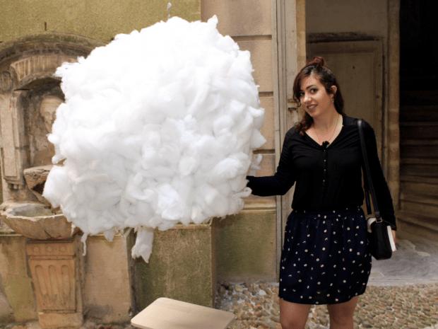 La tête dans les nuages un nuage_mademoiselle-e