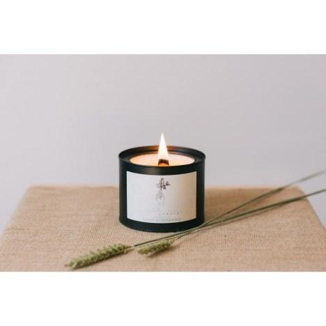Idées cadeaux créateurs June Candle mademoiselle-e