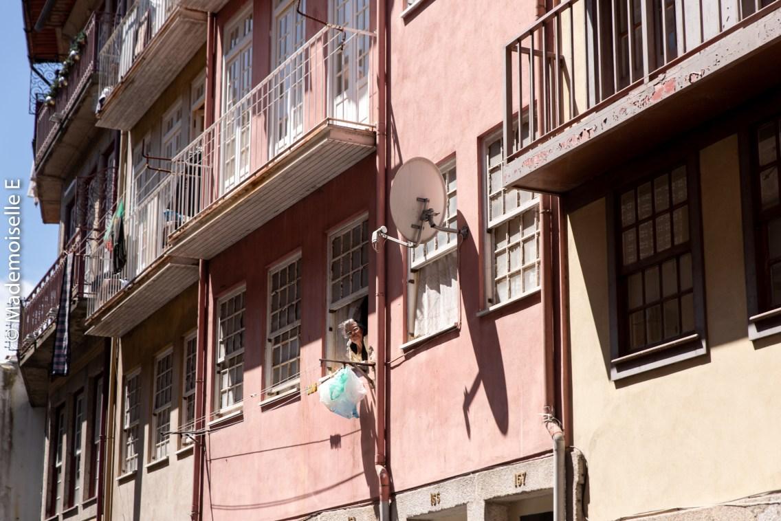 city_guide_porto_facade_mamie_linge_mademoiselle-e