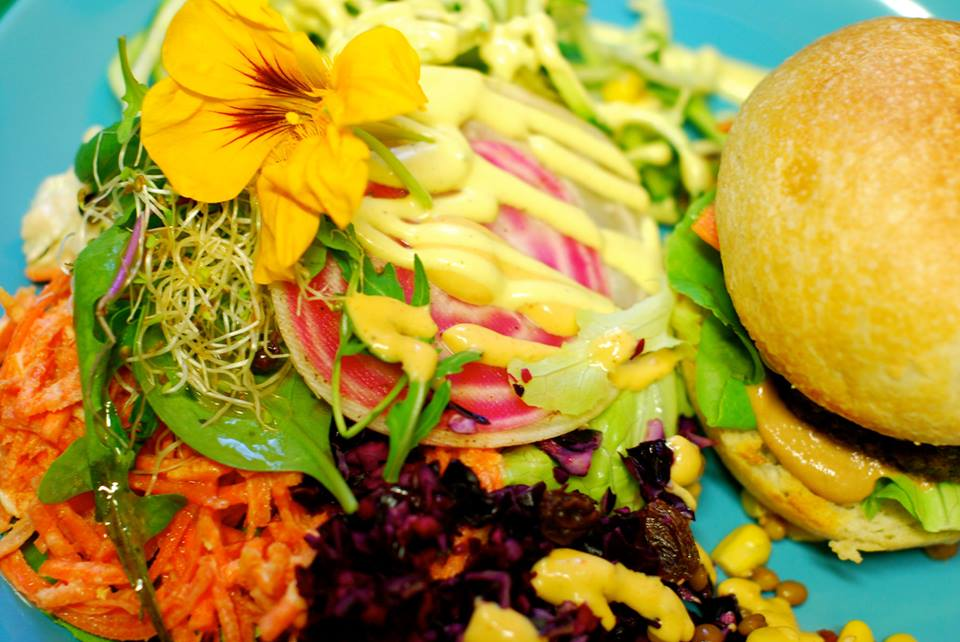 Un restaurant vegan & bio à Annecy ? Ça existe !