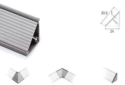 Copete de Aluminio Triangular Rallado