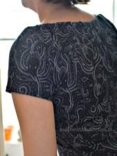 Oktopus-Carmen-Kleid Detail Schulter 2