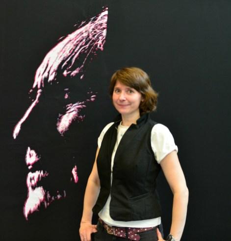 "Gudrun Leitner vor ""Bernhard Minetti"" (2015, 150x150 cm)"