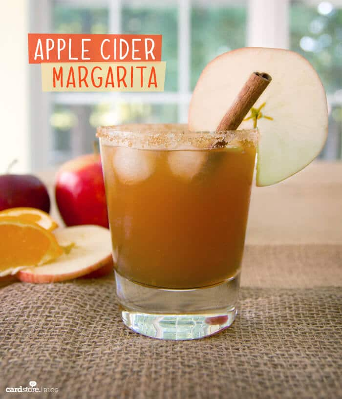 Apple Cider Margarita | 20+ Fall Cocktail Recipes | Holiday Entertaining with Fall Recipes | Pumpkin, apple and cinnamon cocktails | www.madewithHAPPY.com