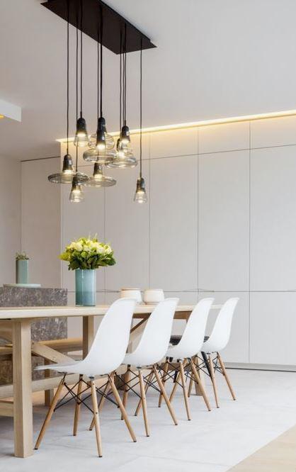 Ad esempio, puoi sfoggiare un grande lampadario candeliere, antico o moderno. Come Illuminare Il Tavolo Da Pranzo Made With Home