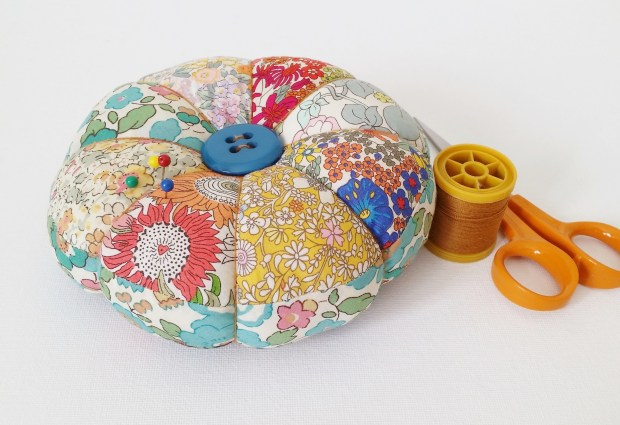 Mad For Fabric - DIY Liberty Patchwork Pincushion