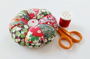 Mad For Fabric - Tufted Pincushion in Christmas Colors