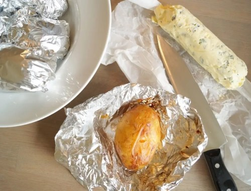 Bagekartofler med timiansmør