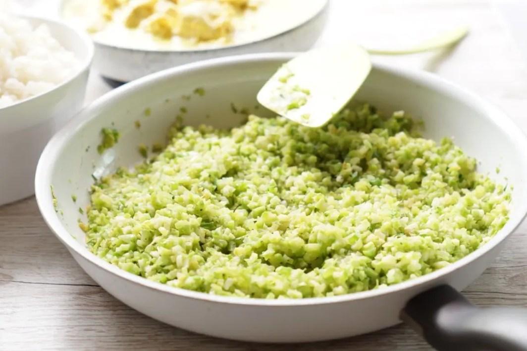 Stegte broccoli-ris