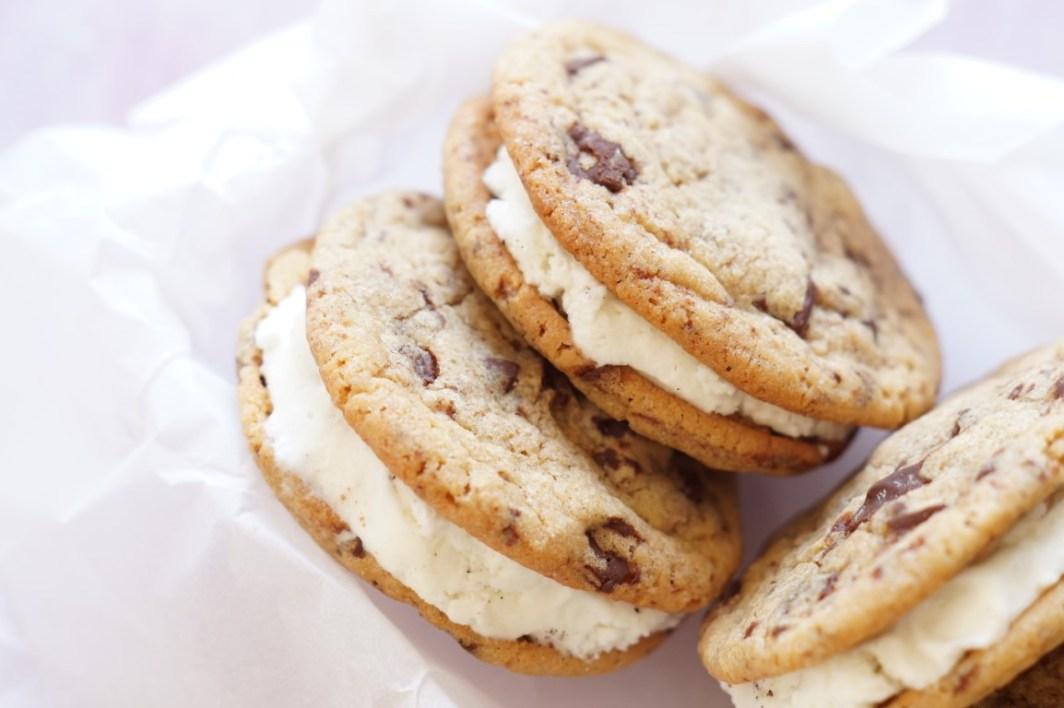 is-sandwich med cookies opskrift