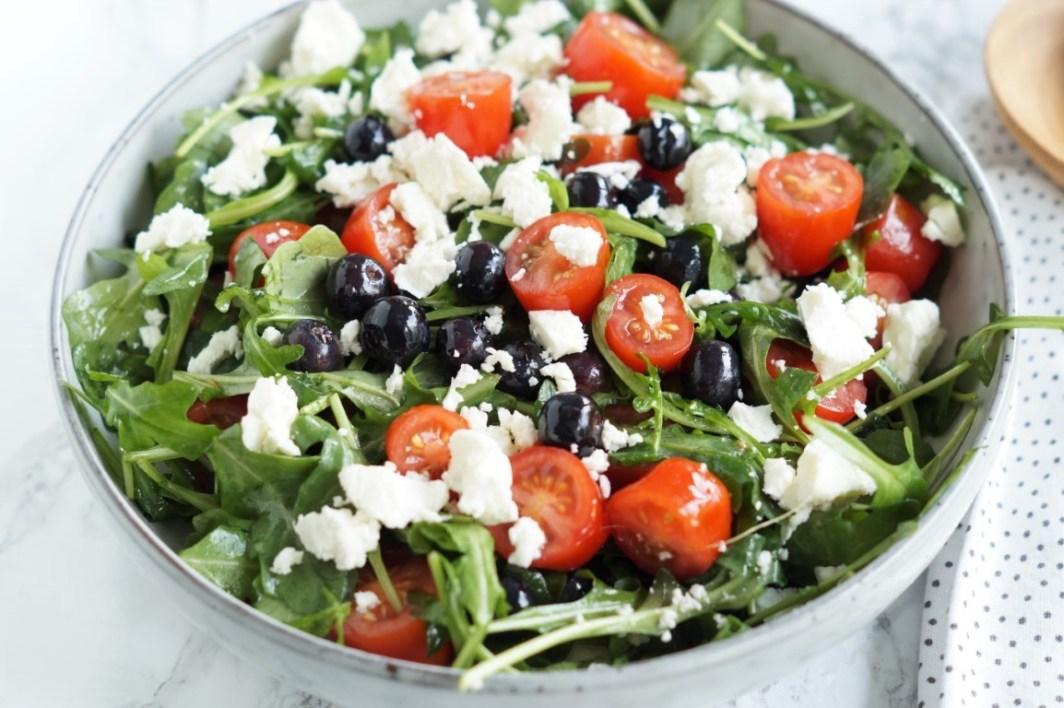 Salat med tomater og feta