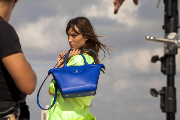 Alexa Chung Longchamp MAMO marseille Making Of