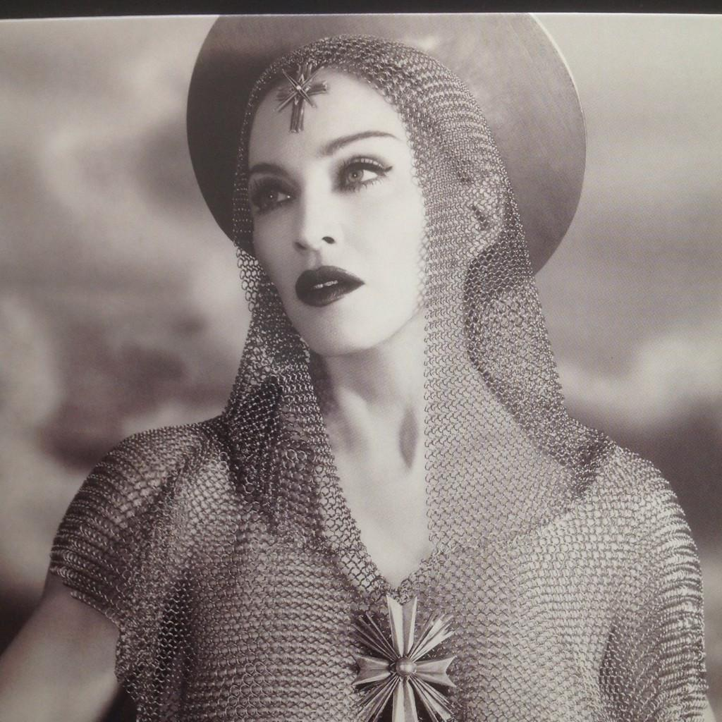 madonna rebel heart booklet