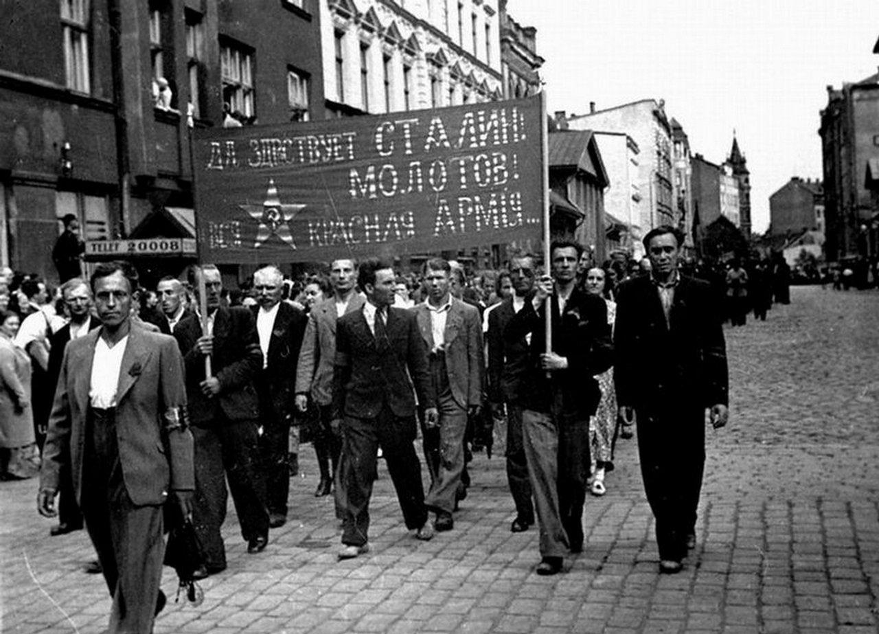 L'annessione dei Paesi baltici all'Unione Sovietica in cifre e fatti