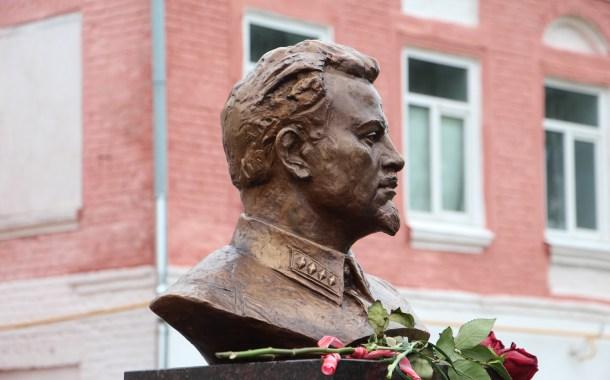 Artuzov: uno dei fondatori del controspionaggio sovietico