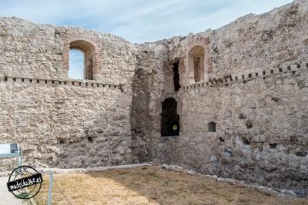 CastilloBarajas0112